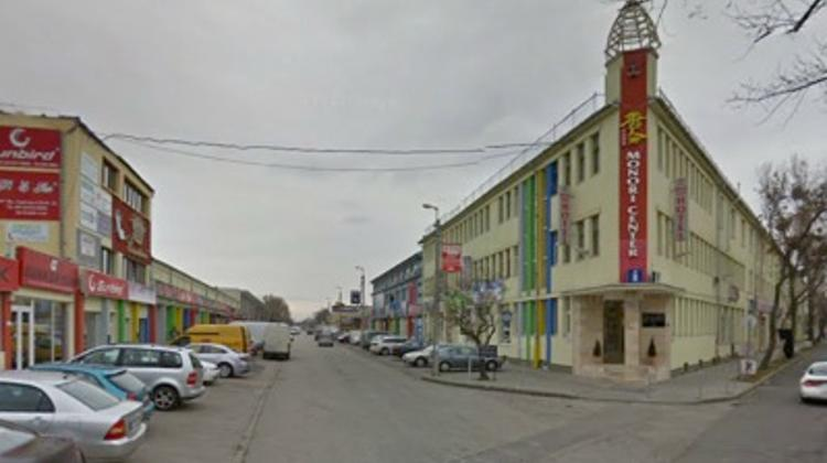 Xpat Report: Huge Chinese 'Wholesale Shopping' Market In Budapest