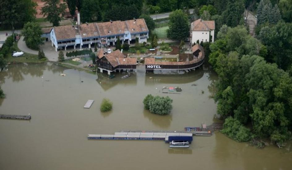 Hungary Faces The Highest Flood Wave Of All Time