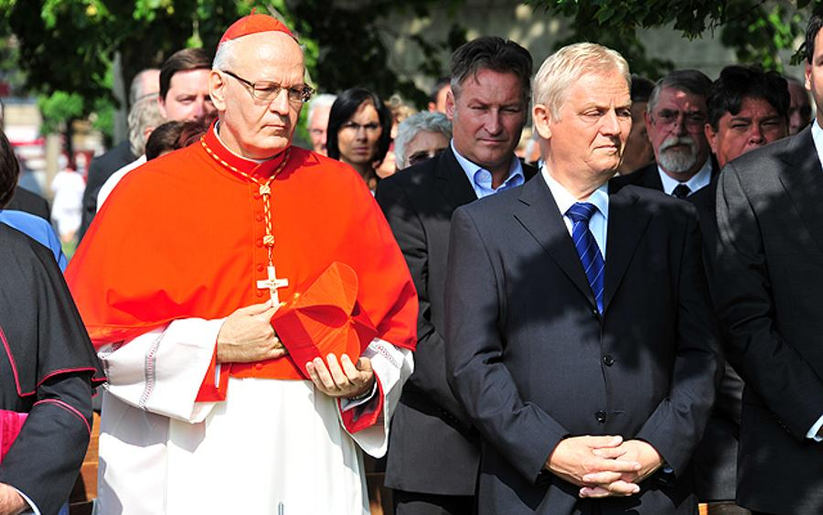 Memorial Tablet Has Been Inaugurated At Heroes' Square In Budapest In Honour Of John Paul II