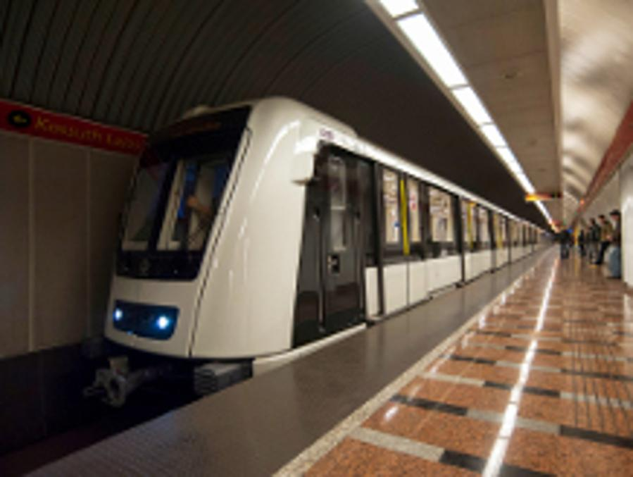 Replacement Buses Will Be In Service On Metro Line M2 In Budapest