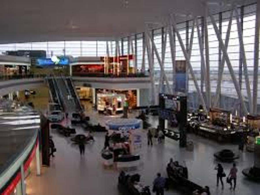Budapest Airport Passenger Numbers Edge Up In 2013