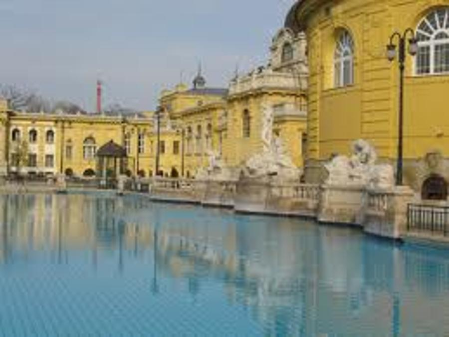 Xpat Opinion: Szechenyi Bath And Spa Budapest