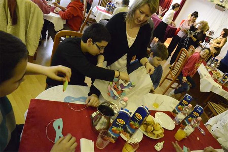 "See What What Happened @ NAWA Budapest  – ""Adopt-A-Granny"" Mask Making Event"