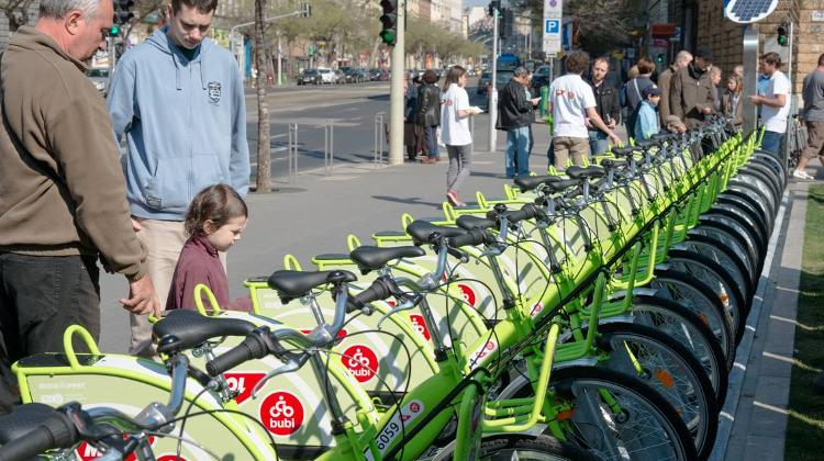 First Photos Of Bubi Public Bike-Sharing Scheme In Budapest