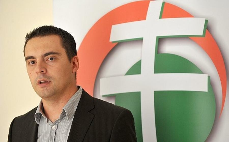 "Jobbik Plans To Play ""Constructive Opposition"" Role In Hungary, Says Vona"