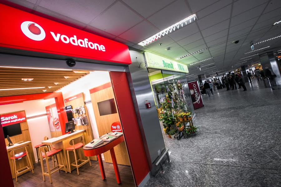 Vodafone Store Opens To New Arrivals At Budapest  Liszt Ferenc Airport