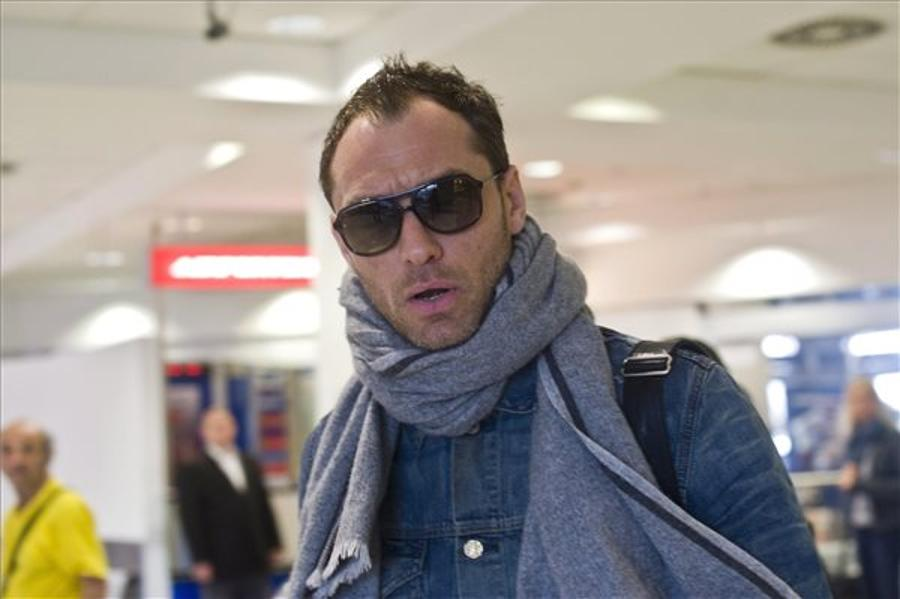 Video: Jude Law Intoxicated By Beauty Of Budapest?