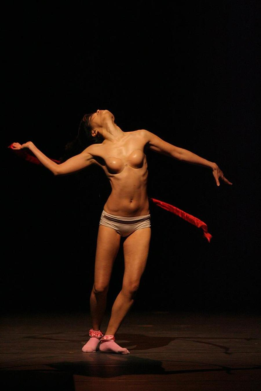 'Woman, Body', National Dance Theatre Budapest, 23 May