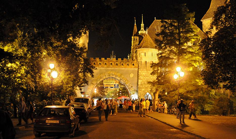 Night Of Museums This Weekend In Budapest - Hundreds Of Venues Await Visitors