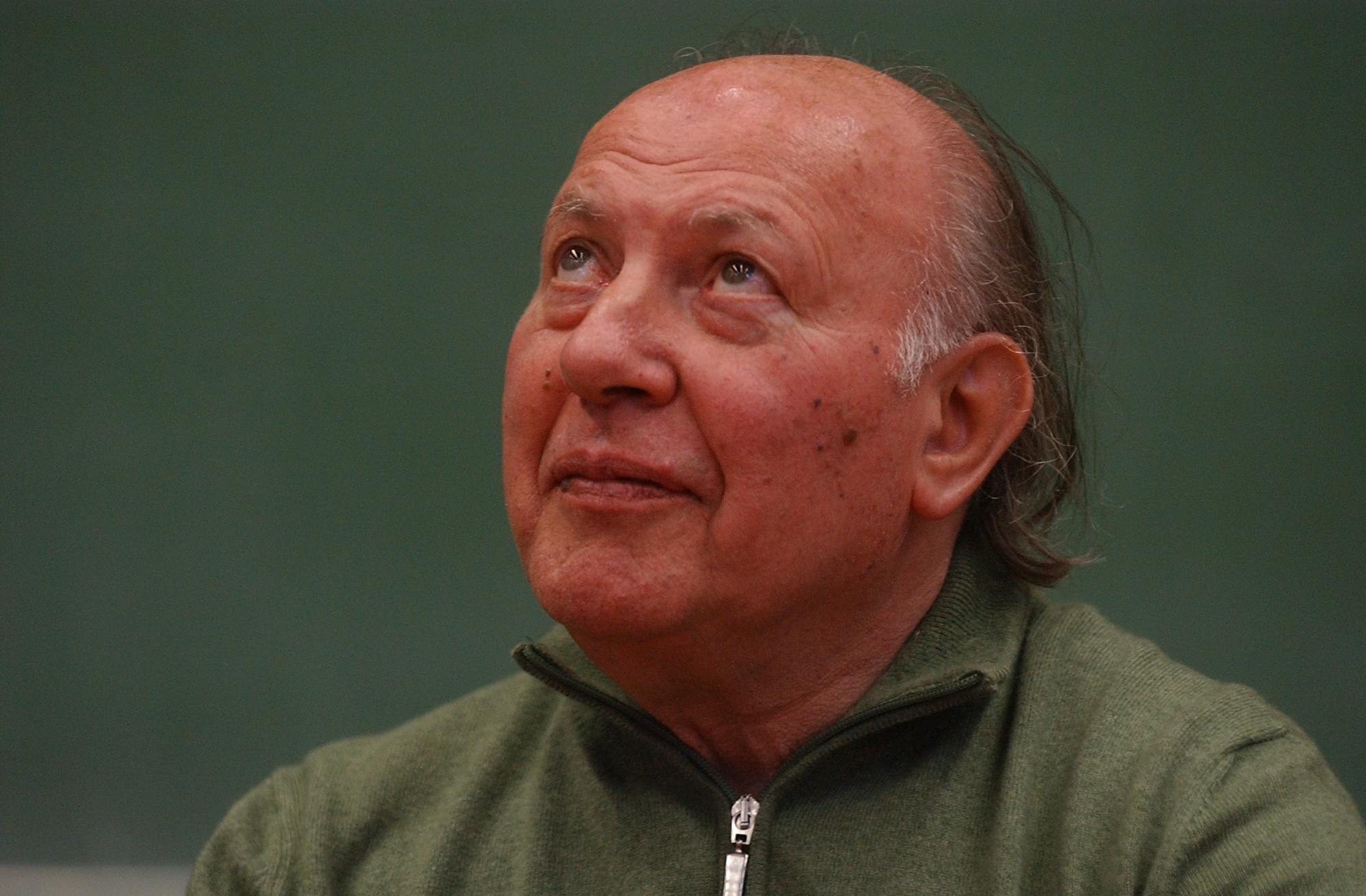 Award For Hungarian Nobel Prize Writer Kertész Sparks Controversy