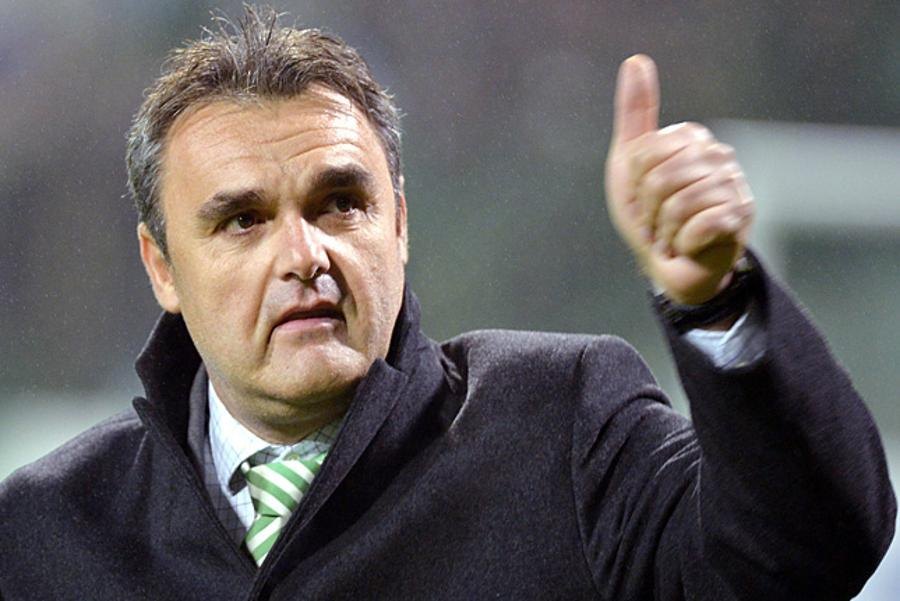 Hungarian National Soccer Coach Pinter Sacked