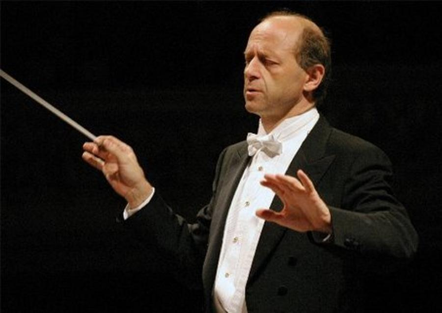 Hungarian Conductor Fischer To Conduct Berlin Wall Concert Commemoration