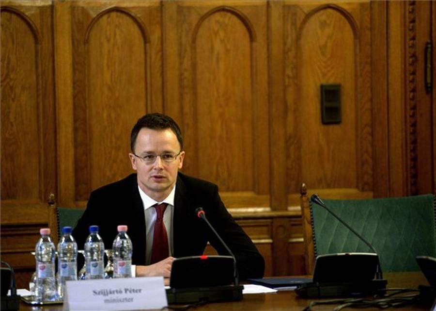 Szijjártó: New Hungarian Foreign Policy Needed