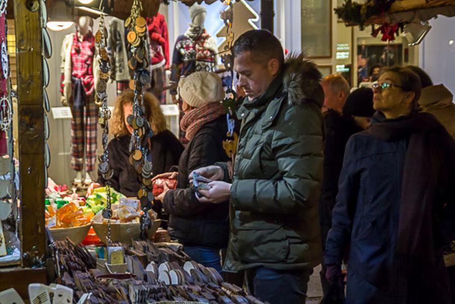Xpat Opinion: Christmas Fair At Vörösmarty Square In Budapest