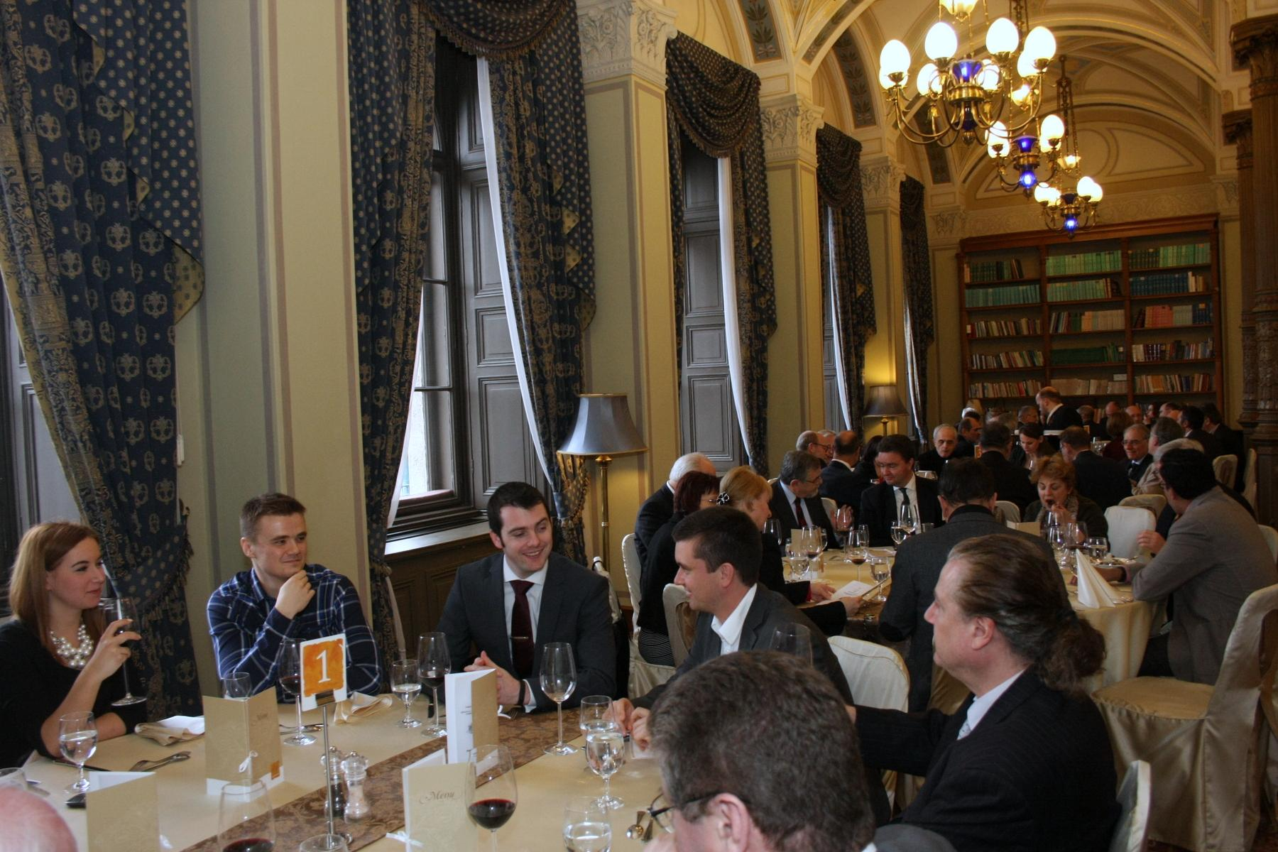 Xpat Report: 2015's First Grandhouse Luncheon