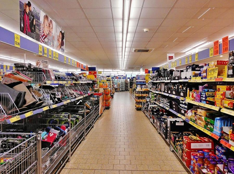 Employers' Assoc Maintains Stand Against Sunday Shopping Restrictions