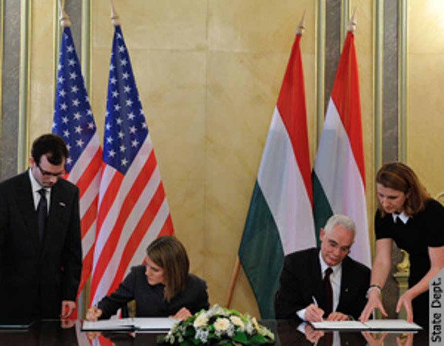 U.S.- Hungary Sign Totalization Agreement