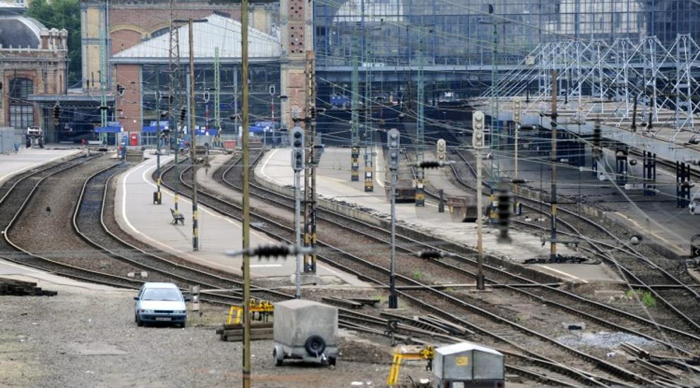 Nyugati Train Station In Budapest Reopens After Two-Week Closure