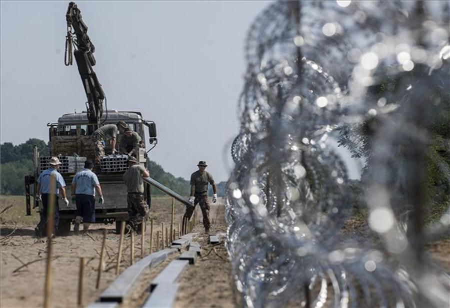Xpat Opinion: First Border Fence Stretch In Place In Hungary