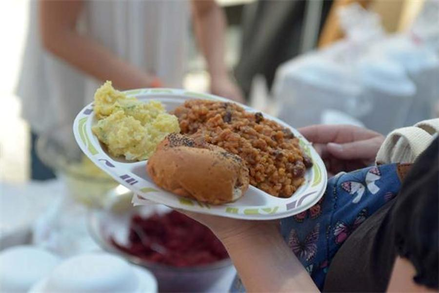 See What Happened @ 1st 'Cholent Festival' In Budapest