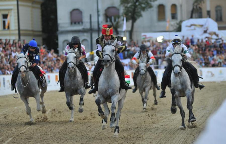 National Gallop, Heroes Square Budapest, 18 - 20 September
