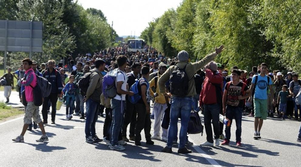 Hungarian Border Settlement Of Röszke Becomes Symbol Of Crisis