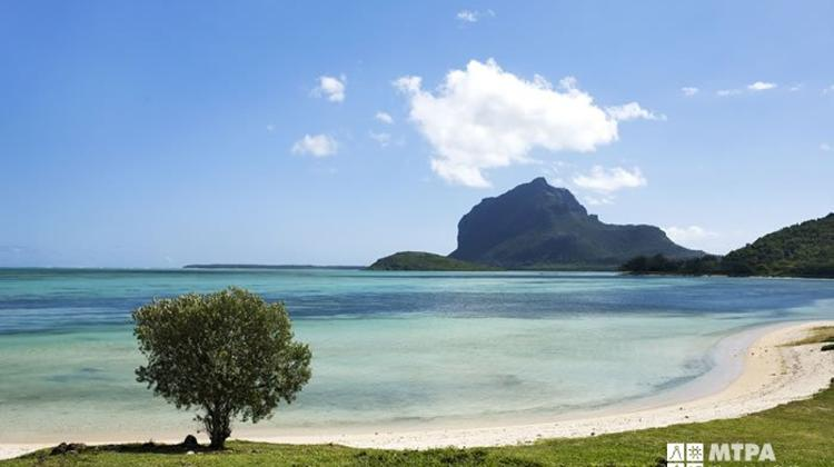 Escape From Budapest To Mauritius