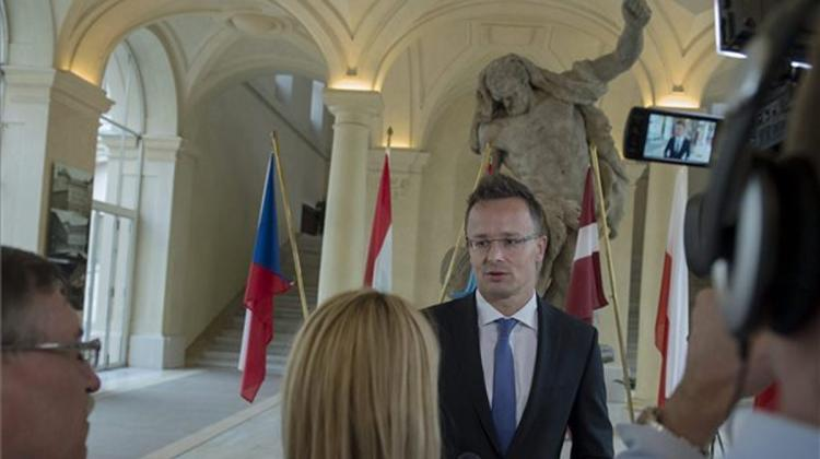 Stop Criticising Hungary! – Foreign Minister Tells Croatian PM
