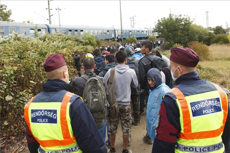 Hungarian Media Stokes Fear Of Migrants