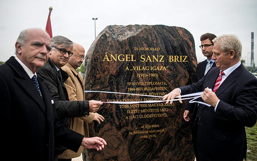 A Street In Budapest Has Been Named After Ángel Sanz-Briz, The Angel Of Budapest
