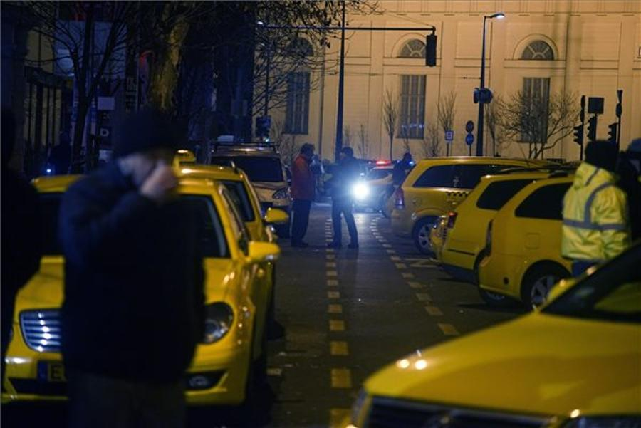 Budapest Taxi Drivers Protest Continues