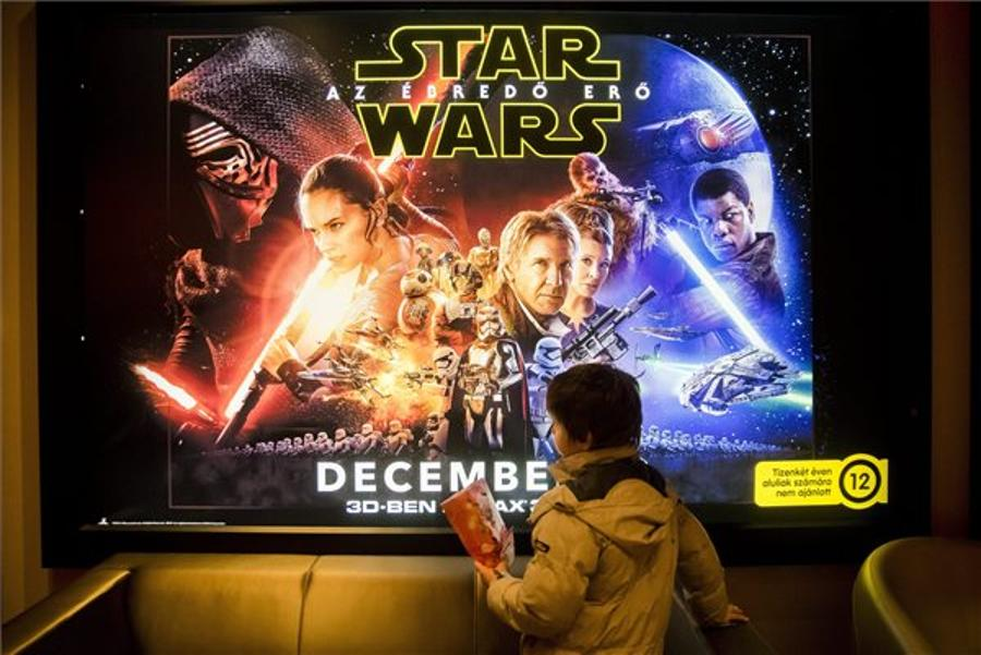 The Force Awakens Smashes Records In Hungary
