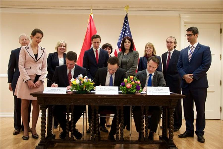 Formation Of American-Hungarian Business Council Opens 'New Dimension' In Ties