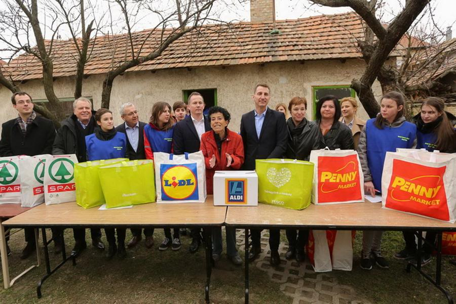 Retailers Join Forces To Help Children In Need In Hungary