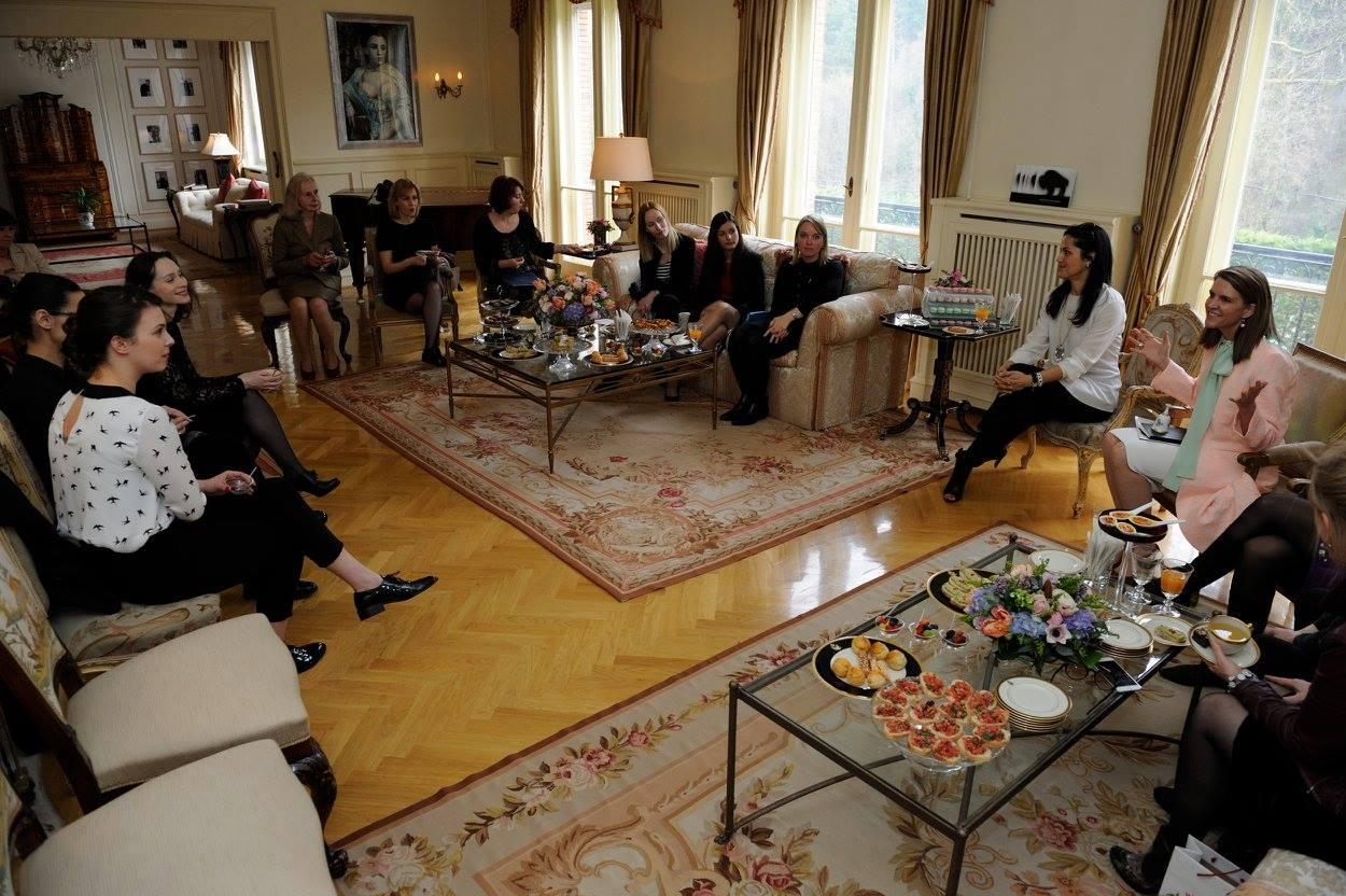 Ambassador Bell Meets Hungarian Women Artists