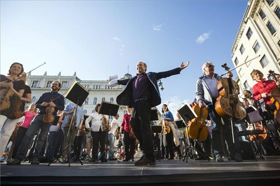 Tarlós: City Council To Continue Supporting Festival Orchestra
