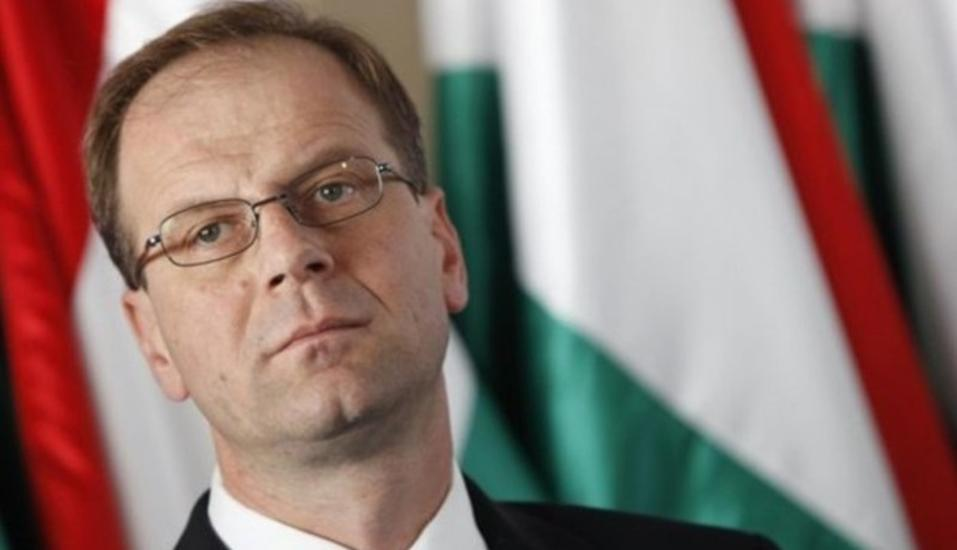 Navracsics Says Hungarian Government Is Talking Nonsense
