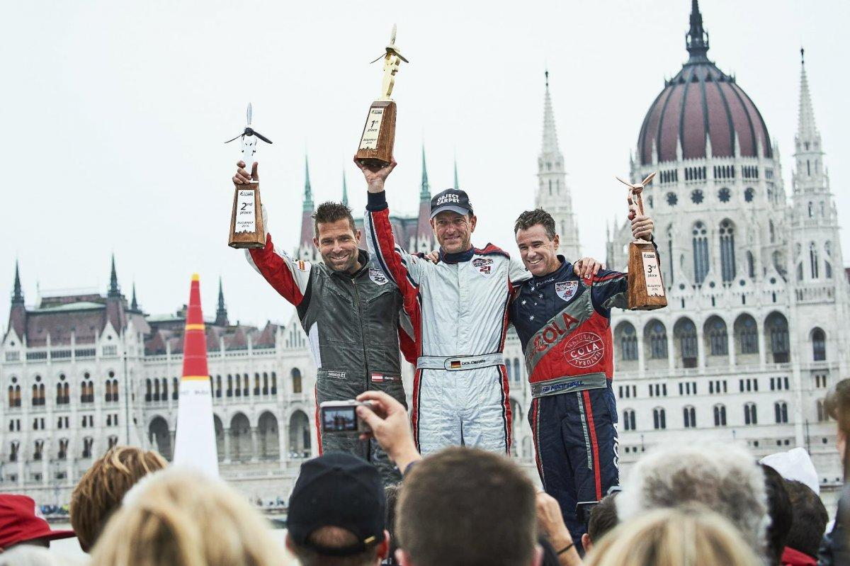 Dolderer Wins Red Bull Air Race In Rainy Budapest