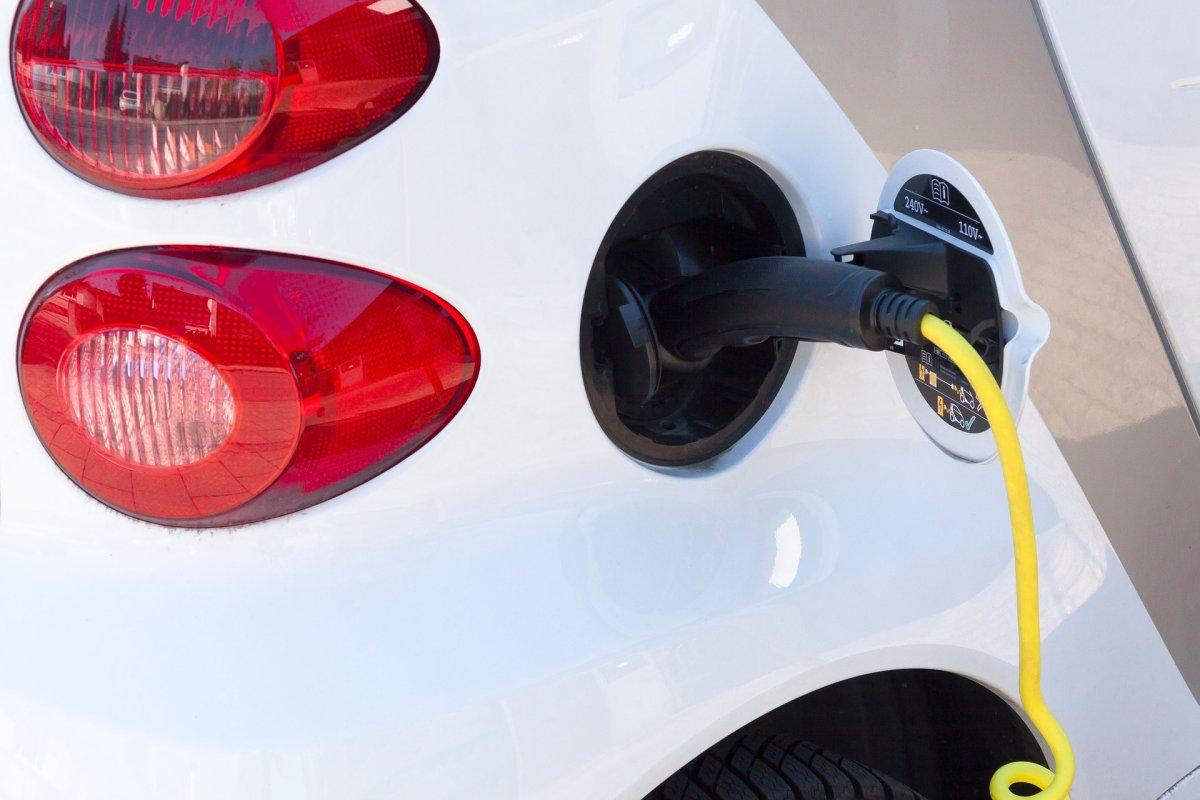 Electric Vehicles In Hungary Treble In H1