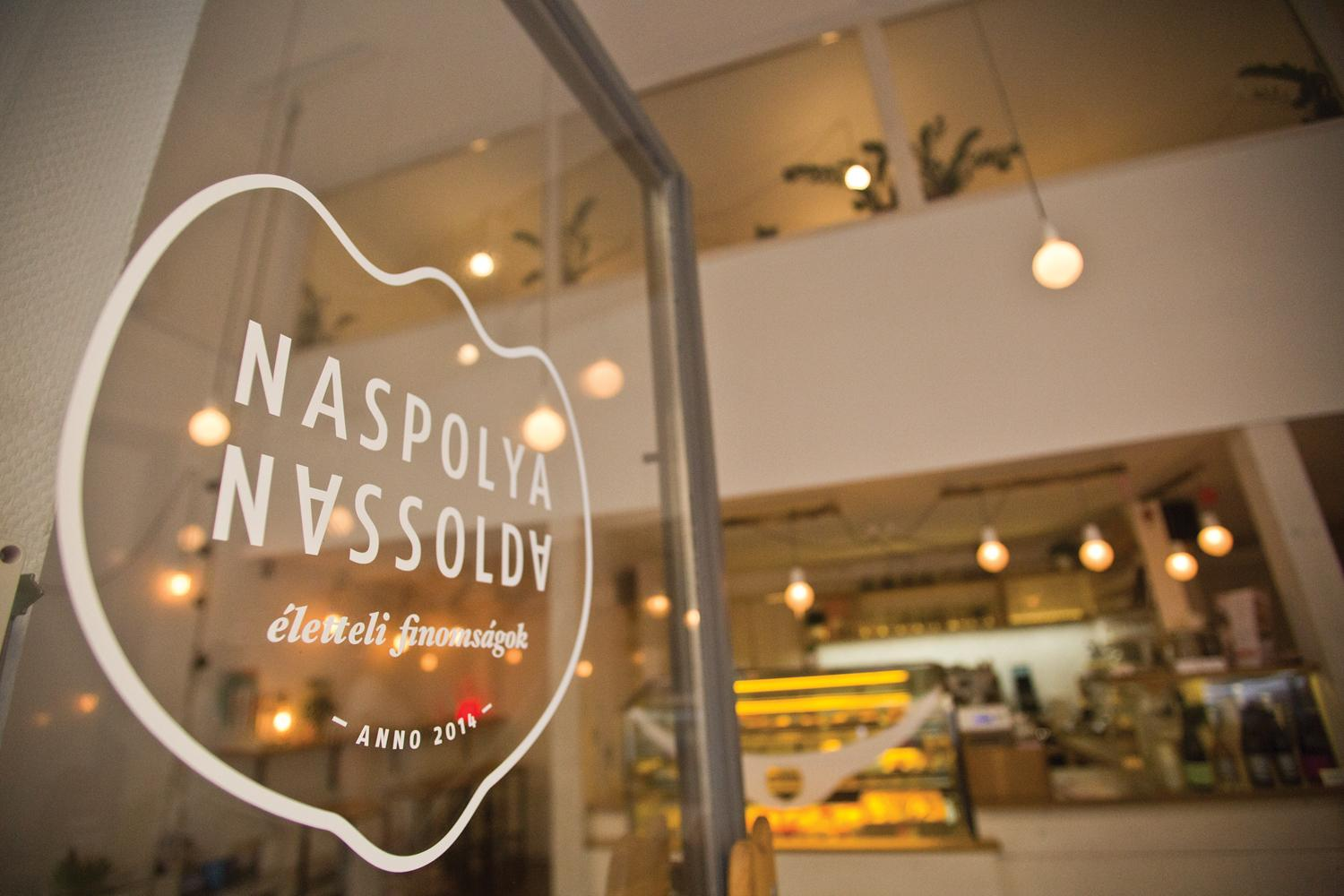 Restaurant Review: Café & Pastry Shop Naspolya Nassolda