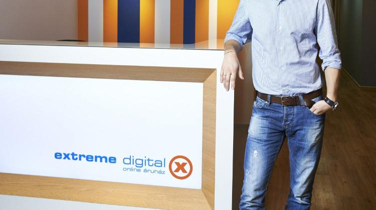 Extreme Digital Succeeds With Service, 'Hybrid' Approach