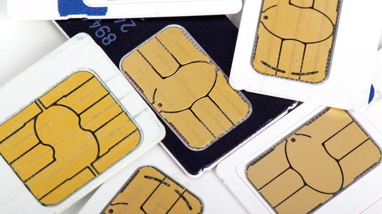 Hungarian Authority In Talks With Telecom Companies Over SIM Cards