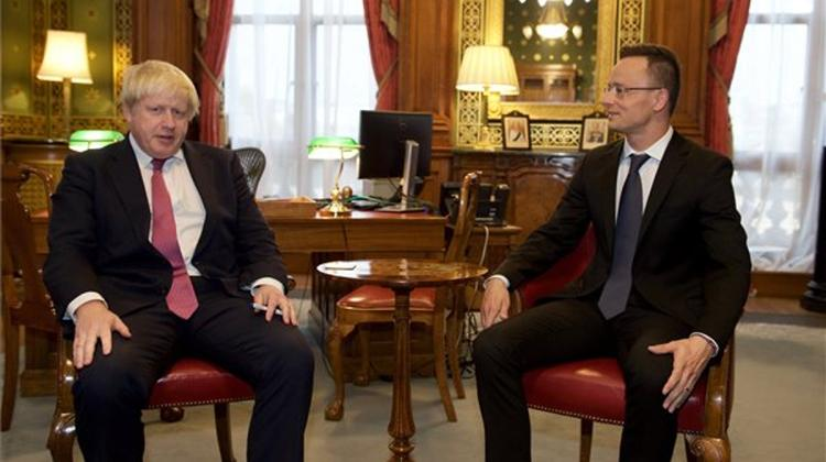 Szijjártó In London: Foreign Investments In Hungary Are 'Safe'