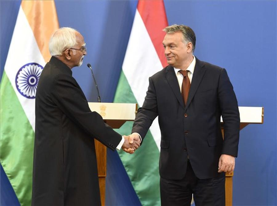 Orbán Meets Indian Leader