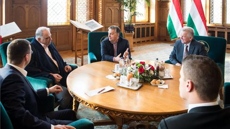 Orbán Meets With Intl Wrestling Federation Head
