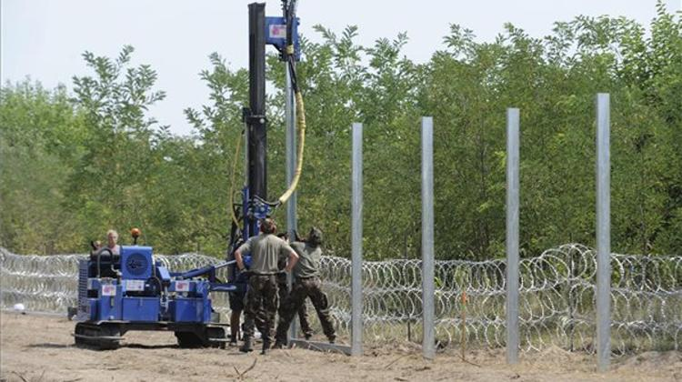 Second Fence To Be Built Along Hungary-Serbia Border