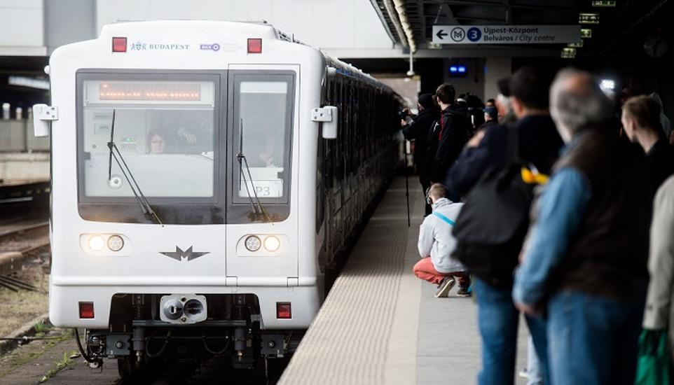 Restored Metro Cars Go Into Service On M3 Line
