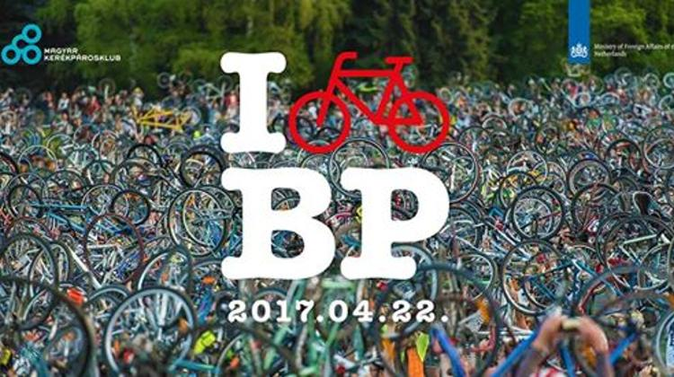 'Great Spring Bicycle Parade Of Budapest', 22 April