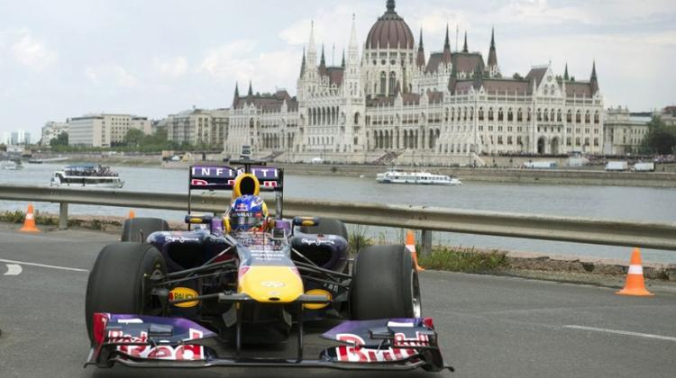 Great Race In Budapest, 30 April - 1 May