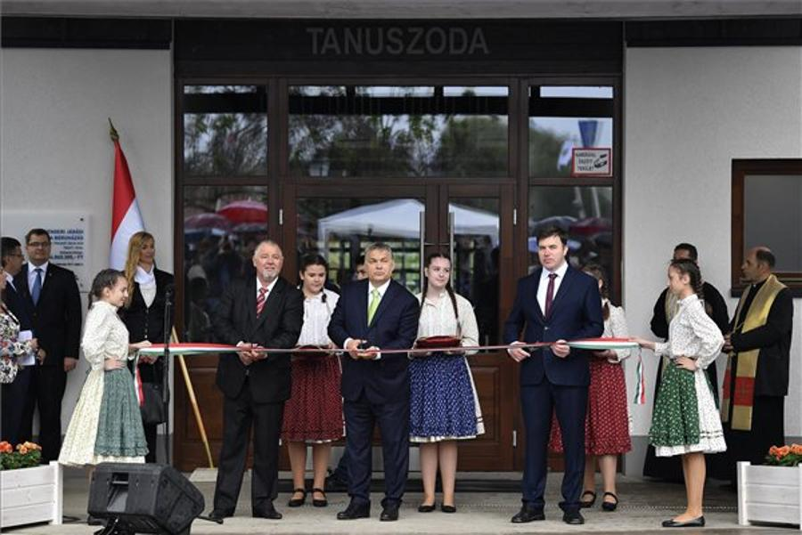 PM Orbán Inaugurates Training Swimming Pool In Ne Hungary